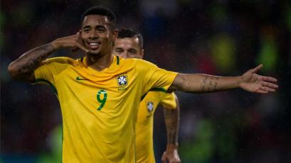 Brasil recupera la sonrisa ante República Checa