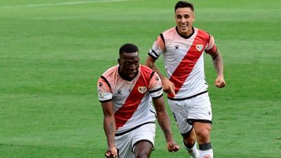 """Rayo Vallecano sobre Luis Advíncula: """"Lo necesitamos para cumplir nuestros objetivos"""""""