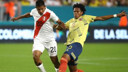 Selección Peruana perdió 1-0 con Colombia con gol agónico en su último partido del año
