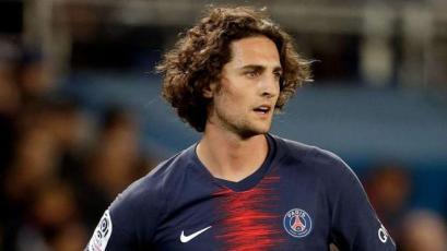Adrien Rabiot se aleja cada vez más del PSG