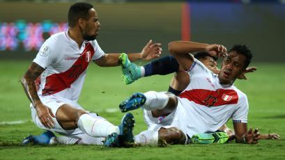 Perú vs Ecuador: Renato Tapia convirtió autogol para el 1-0 en contra de la 'Bicolor' (VIDEO)