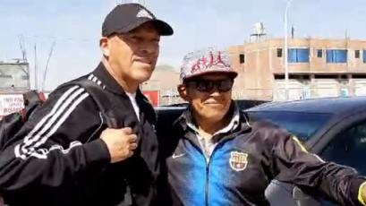 Roberto Mosquera recibió caluroso recibimiento de los hinchas de Binacional en Juliaca (VIDEO)