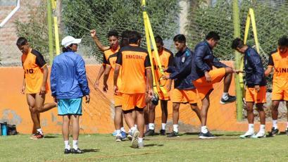 Deportivo Binacional se entrena pensando en la San Martín