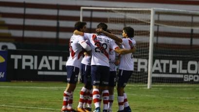 Deportivo Municipal goleó a Sport Rosario en el Callao