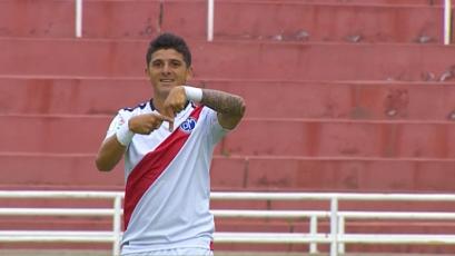 Deportivo Municipal vence con autoridad en Arequipa