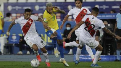 Perú vs Brasil: salió el audio del VAR en el penal no cobrado a Thiago Silva (VIDEO)