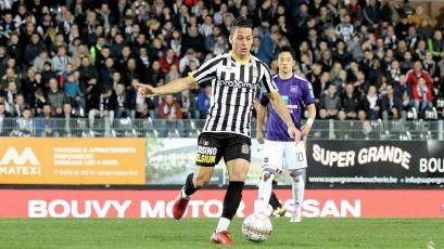 Cristian Benavente asistió en partido amistoso del Charleroi