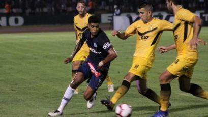 Alianza Lima se lleva el triunfo frente a Cantolao sobre los 90'