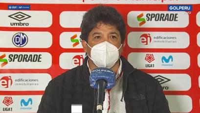 """Víctor Rivera: """"Me quedo con la actitud del equipo, que con diez jugadores, no bajó los brazos"""""""