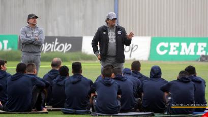 """Víctor Rivera pondrá """"lo mejor ante Sport Huancayo"""" en el inicio de la Copa Bicentenario"""