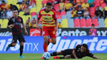 Edison Flores ingresó, la rompió, dio dos asistencias de gol y Morelia venció 2-0 al Toluca (VIDEO)