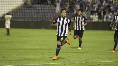 Alianza Lima derrotó a Universitario en el último clásico