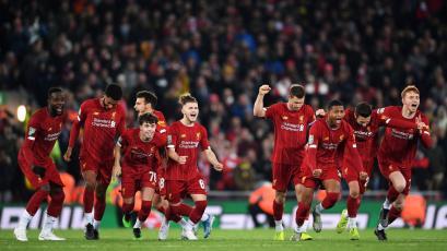 EFL Cup: Liverpool eliminó al Arsenal en un partidazo de 10 goles y se fue a penales