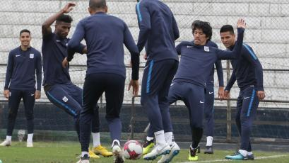 Alianza Lima sigue entrenando para enfrentar a Academia Cantolao