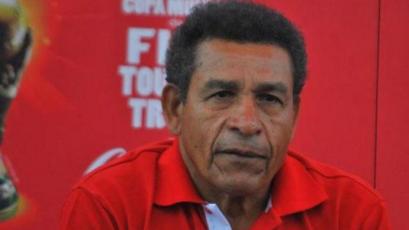 Héctor Chumpitaz y su esposa fueron internados tras presentar síntomas de coronavirus