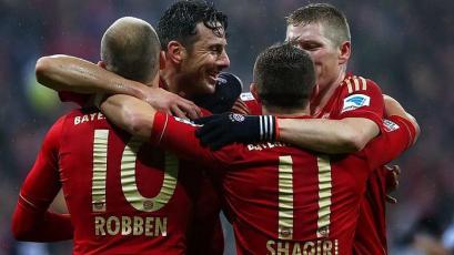 Claudio Pizarro: un día como hoy anotó 4 goles con el Bayern en la goleada histórica por 9-2 sobre el Hamburgo (VIDEO)