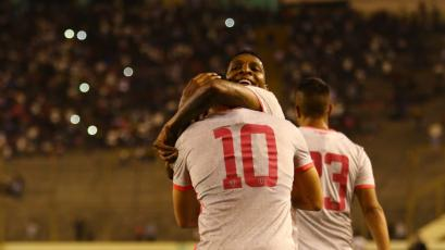 Universitario se hizo fuerte en el Monumental y venció a Sporting Cristal