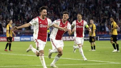 Champions League: Ajax goleó al AEK Atenas