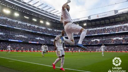 Real Madrid se impuso ante el Atlético Madrid y sigue en lo más alto de La Liga