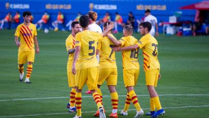 Barcelona superó 3-1 al Nastic en el debut de Ronald Koeman y con Lionel Messi