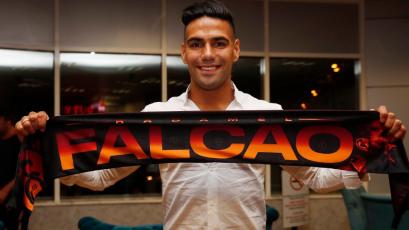 Oficial: Radamel Falcao es nuevo jugador del Galatasaray