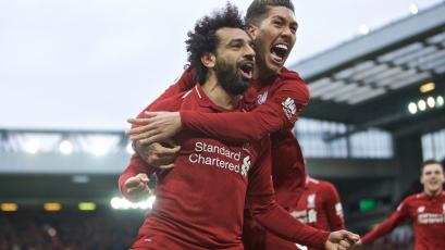 Liverpool supera 2-1 al Tottenham con un gol en el minuto 90