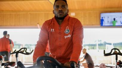 Jefferson Farfán y su entrenamiento personal para volver a jugar con el Lokomotiv (VIDEO)