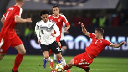 Alemania y Serbia abrieron la jornada de amistosos con un empate