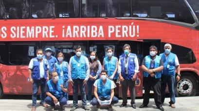 Selección Peruana: el bus oficial cumple con trasladar a los trabajadores de EsSalud (VIDEO)