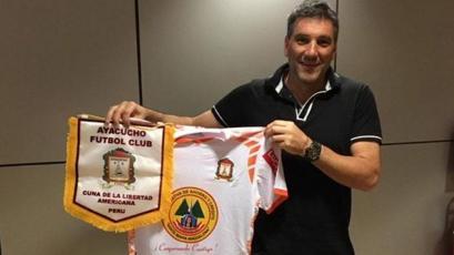 Ayacucho FC confirmó a Gerardo Ameli como su nuevo DT y le renovó a 4 pilares del plantel