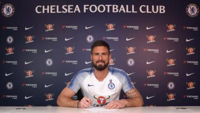 Olivier Giroud renovó con el Chelsea por dos temporadas más