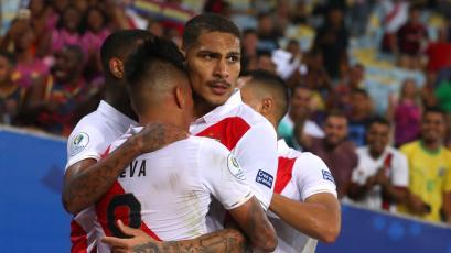 Selección Peruana: Paolo Guerrero anota en su quinta Copa América