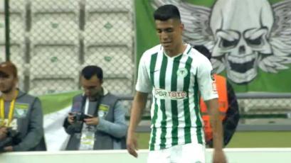 Paolo Hurtado participó en el empate del Konyaspor