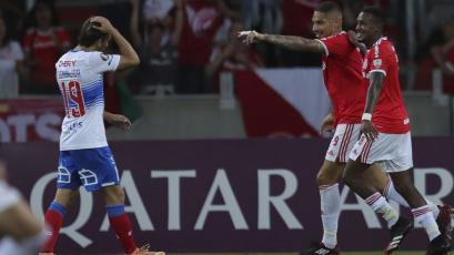 Libertadores: Internacional goleó 3-0 a U. Católica con doblete de Paolo Guerrero (VIDEO)