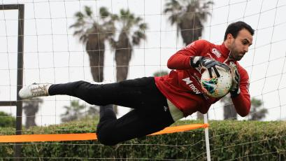 José Carvallo, ¿cuánto le falta para ser el arquero activo del Perú con más tiempo sin recibir goles?