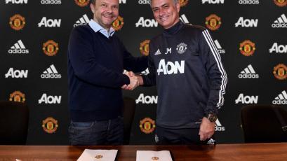 Mourinho renueva con el Manchester United hasta el 2020