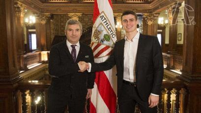Kepa Arrizabalaga renovó contrato con el Athletic de Bilbao