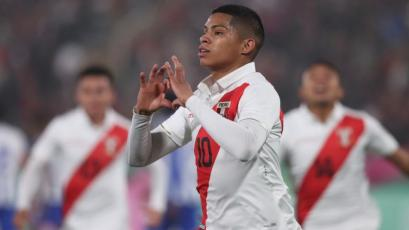 Selección Peruana: Kevin Quevedo marcó golazo de tres dedos imposible para el arquero (VIDEO)
