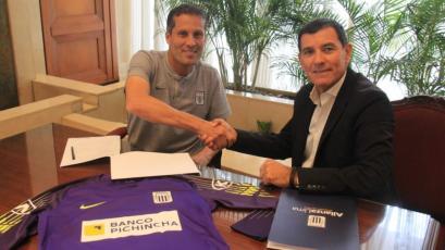 Alianza Lima: Leao Butrón firmó su renovación por todo el 2019