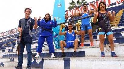 Alianza Lima presentó a sus embajadores deportivos