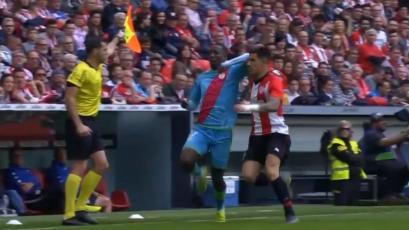 Luis Advíncula fue expulsado por meter un codazo y Rayo Vallecano perdió (VIDEO)