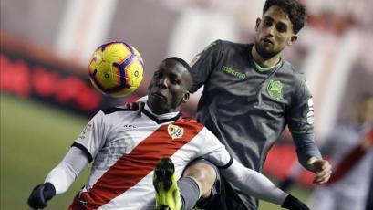 Tigres de México confirmó que Luis Advíncula tiene una oferta del fútbol español