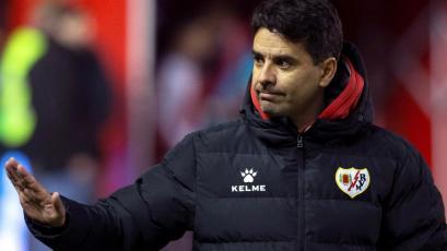 Luis Advíncula se queda sin DT