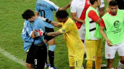 Luis Suárez aún no supera eliminación ante Perú: