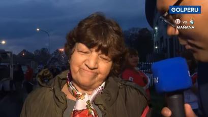 La emoción de la mamá de Gabriel Costa al ver a su hijo con Perú en el Centenario (VIDEO)