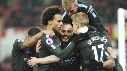 Manchester City continúa arrasando en la Premier League