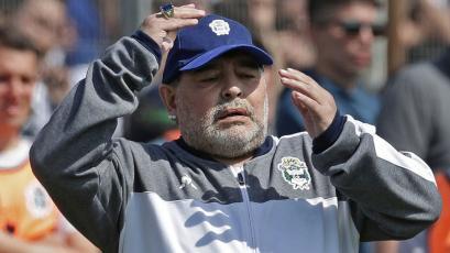 Maradona duró 72 días como entrenador de Gimnasia y Esgrima de La Plata