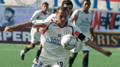 Mayer Candelo: Universitario recordó su golazo de penal y retó al PSG, Tottenham, Napoli, entre otros