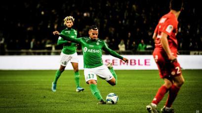 Miguel Trauco vio acción con el Saint-Étienne en la jornada de fútbol francés