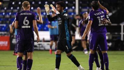 Peruanos buscan su pase a la semifinal de la MLS